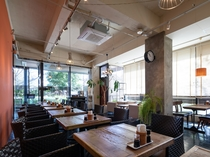 【Park In Hotel Lounge】Free Space