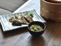 【しずおか朝のうちご飯。】混ぜご飯と焼き魚