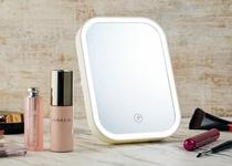 【貸出備品】LED付化粧鏡・通称「女優ミラー」