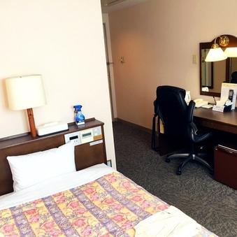 2F シングル喫煙室 お部屋広々15平米 ベッド幅120cm
