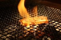 炭火焼きアップ