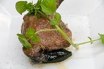 ハーブでマリネしたたシャラン鴨ロースト