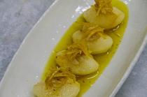 人気の野菜のマリネ、夕食は前菜が2皿