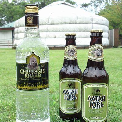 モンゴルビールとモンゴルウォッカ