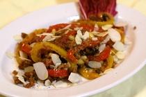 夕食 前菜の一例 pepelonata siracusa