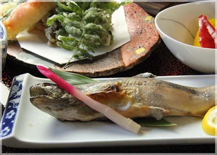 岩魚料理一例