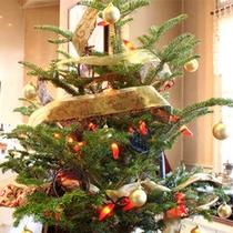 *クリスマスツリーと暖炉で高原のクリスマスをお楽しみください♪