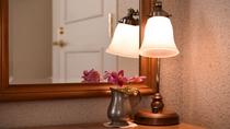 *【客室一例(トリプルルーム)】アロマの香りとローラアシュレイのファブリックに包まれて深い眠りに。