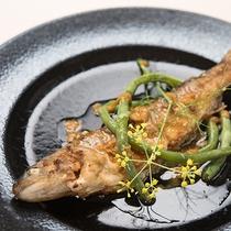 *【ご夕食一例(岩魚)】