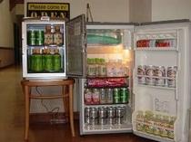 冷蔵庫と保温庫