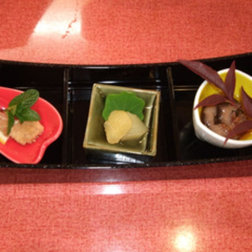 ある日の前菜3種。その日のおいしいものをご提供!