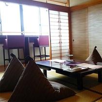 【新装和モダン】 和室10畳+カウンター広縁