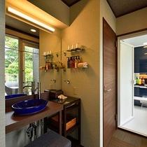 特別室≪藪柑子(やぶこうじ)≫展望ウッドテラス&バスルーム付き