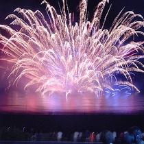 白浜海の祭典・花火大会一例