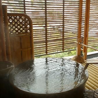 【和食レストラン】和室10畳 銀泉露天風呂付