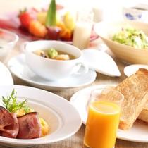 会席_朝食洋食の一例