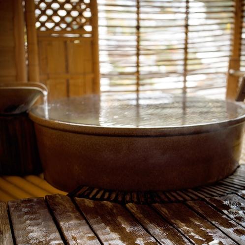◆客室_銀泉露天付き和室の露天風呂
