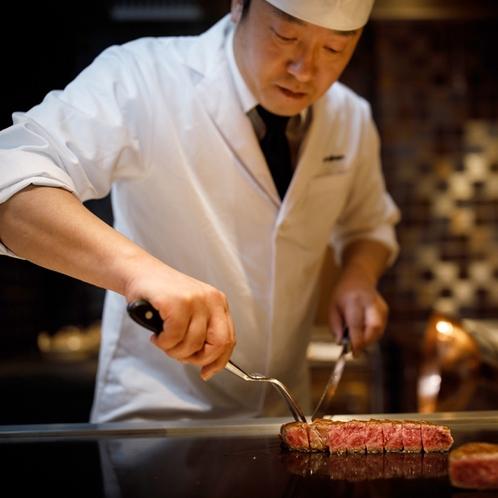 ◆シェフズルーム厨舎(鉄板会席)の調理イメージ