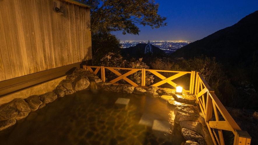 露天風呂(ふようの湯)夜
