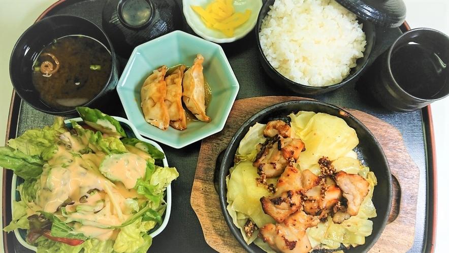 夕食花茶屋の日替り定食