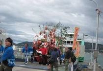 【牛窓祭り】船に乗り込む神輿