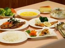 アラパパのおばちゃん手作り!人気の洋食コース