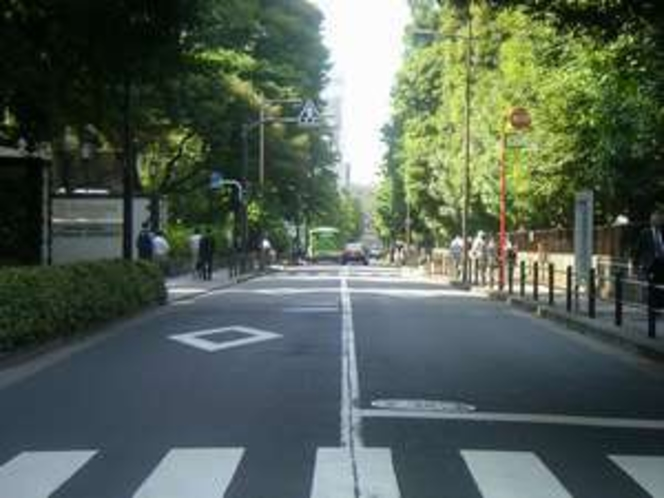 緑が多い永田町駅周辺(ホテル前)