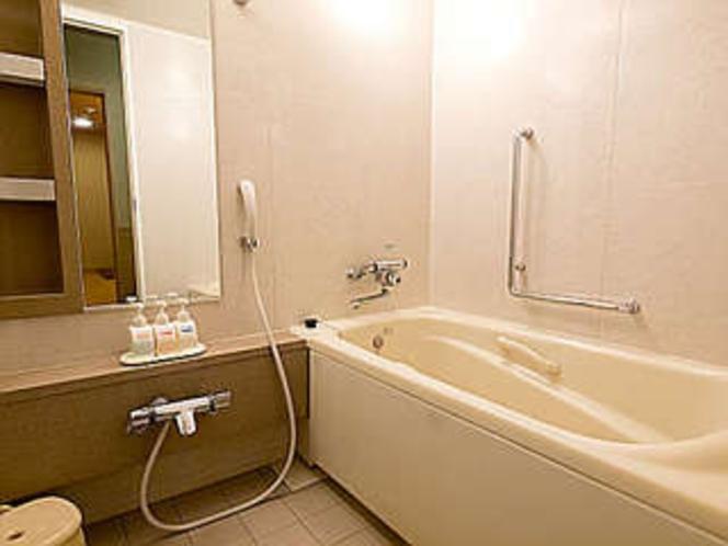 和室洗い場(トイレは別なのでゆっくりご利用いただけます)