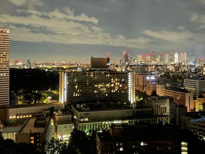 ツインルーム新宿側夜景(国立競技場もご覧いただけます)