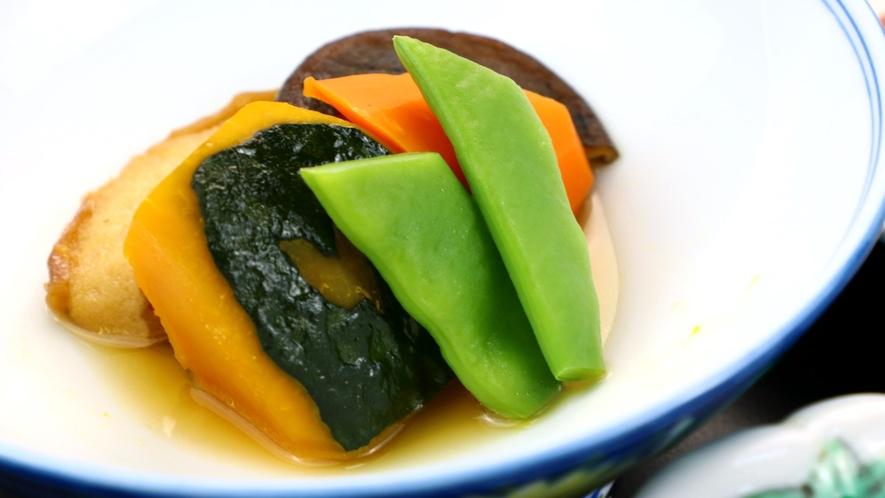季節野菜の煮物
