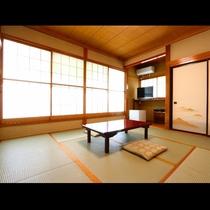 【西館和室】高野屋で人気!設備充実の明るいお部屋