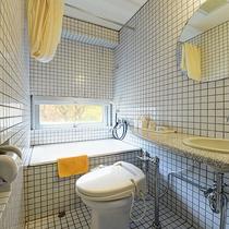 *客室一例_デラックス和洋室のバスルーム/タワー館