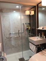 2018年3月に新設したシャワーブースのお部屋です 一番新しい客室をお試しください