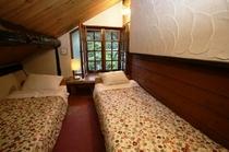 山小屋ツインルーム