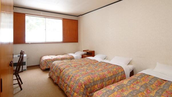 洋室4ベッド(バストイレなし)