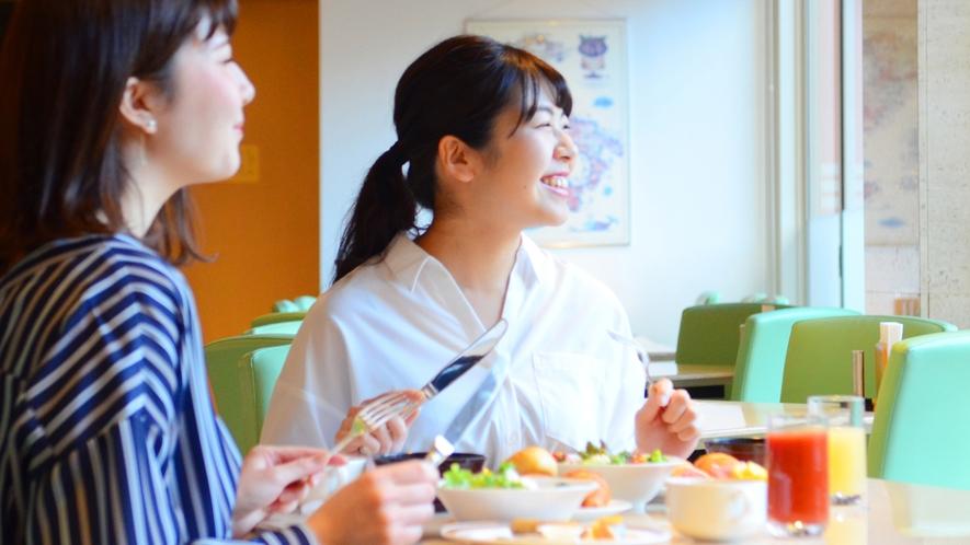 朝食は地産の幸を盛り込んだ和洋プレートで♪笑顔はじける幸せ朝食(#^^#)