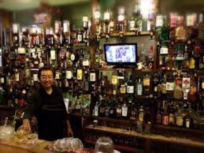 Public Bar CROWSNESTクロウズネスト
