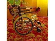 七滝観光協会会員のお店では、車椅子を無料でお貸しいたしております。お気軽にお申し出ください