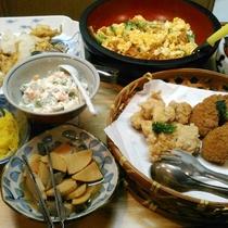 【お料理】夕食一例。お好きなものをお好きなぶんだけ♪