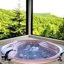 特別室『貴船』展望露天風呂からの眺め