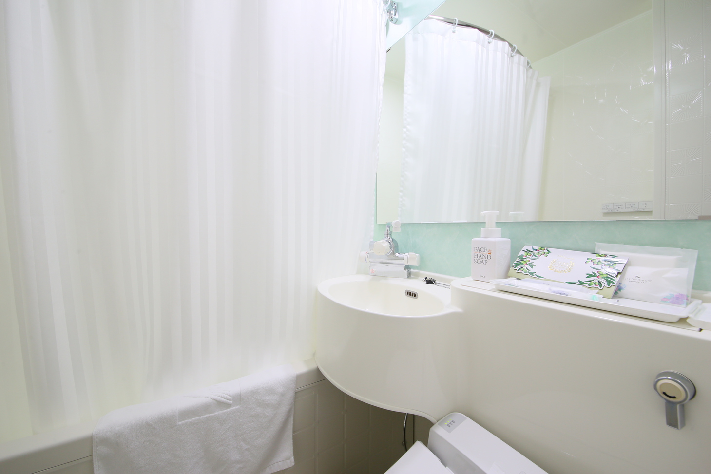 イーストウィング浴室