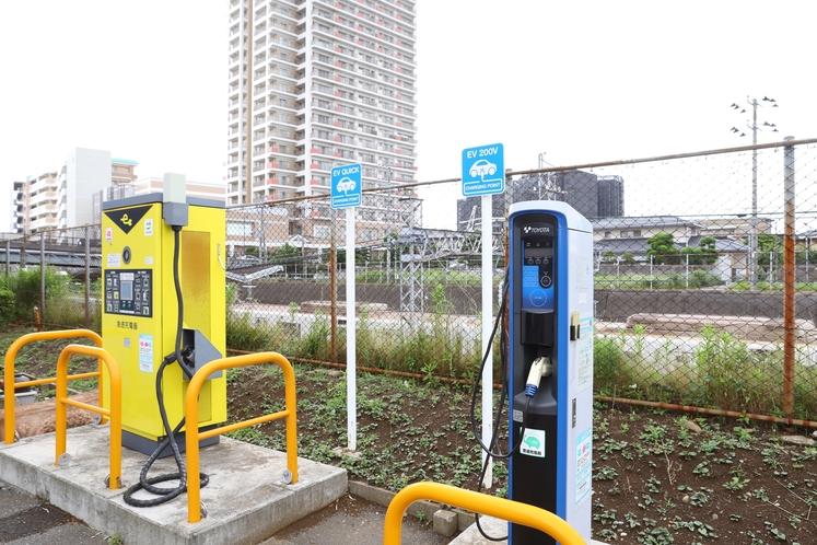 駐車場の電気自動車充電設備