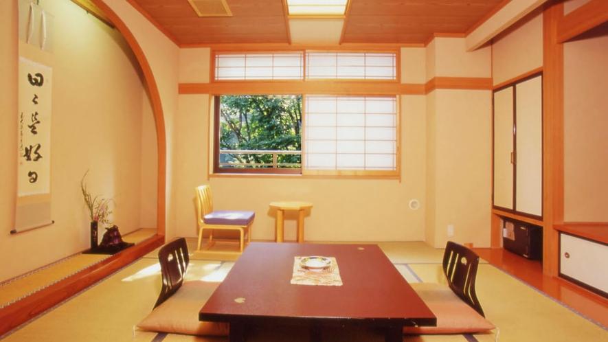 ・和室10畳渓谷側 (1)