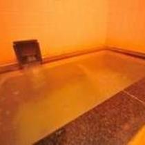 【貸切温泉】鉄分混含アルカリ性硫化水素塩泉、美人の湯・疲労回復に効く温泉です。