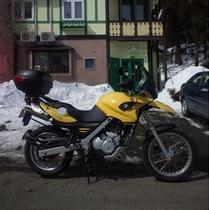1台目は黄色・2台目は赤色・3台目は銀色です♪BMW F650GS たんぽぽ1号♪