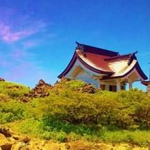 蔵王連邦刈田嶺山頂の刈田峰神社