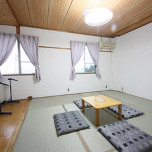 ご家族やグループに人気の畳の和室ですo(^-^)o他にじゅうたん敷きの場合もございます(一例)1