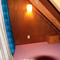 コテージ2階寝室