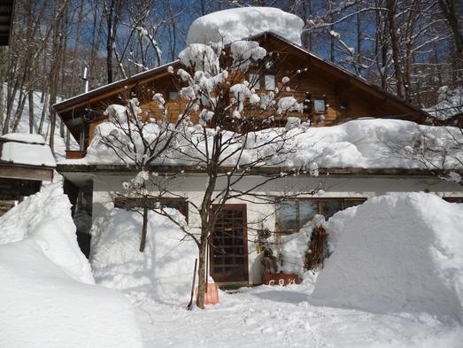 白馬岩岳スノーフィールド ・スキー&ボーダーに大人気【1日券を1000円割引】宿で御用意出来ます。