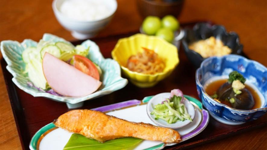 *朝食一例/栄養バランスのとれた、身体にやさしい和朝食をご提供します。